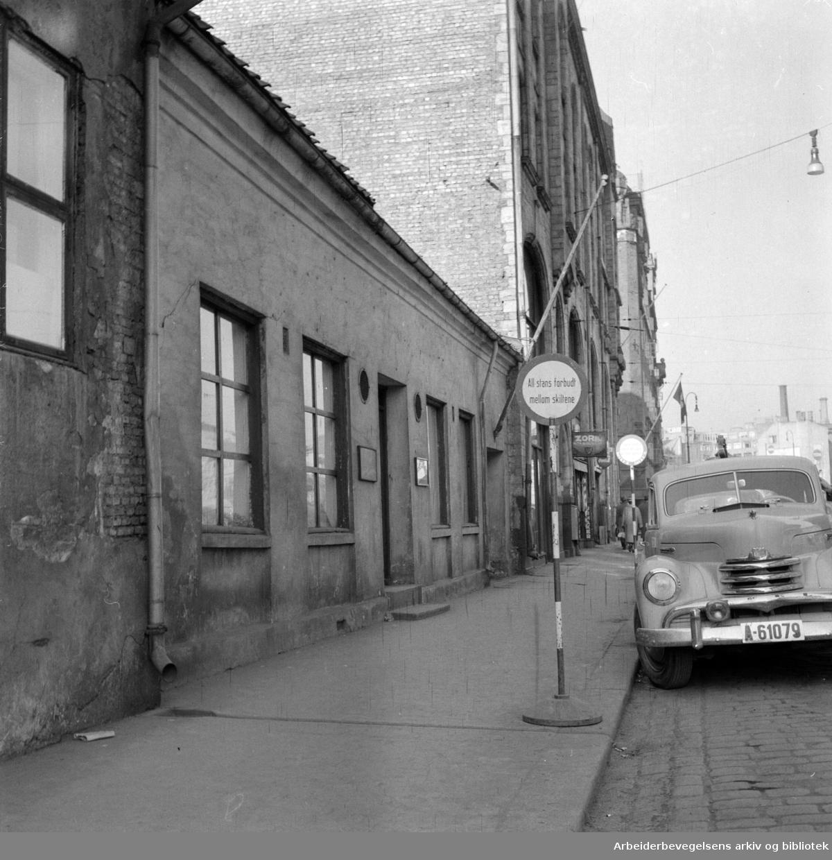 Fred. Olsens gate 15.April 1957
