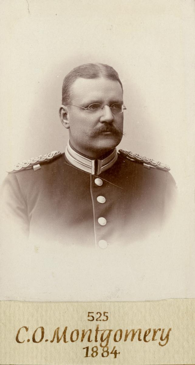 Porträtt av Carl Oscar Christoffer Montgomery, löjtnant vid Andra livgardet I 2.