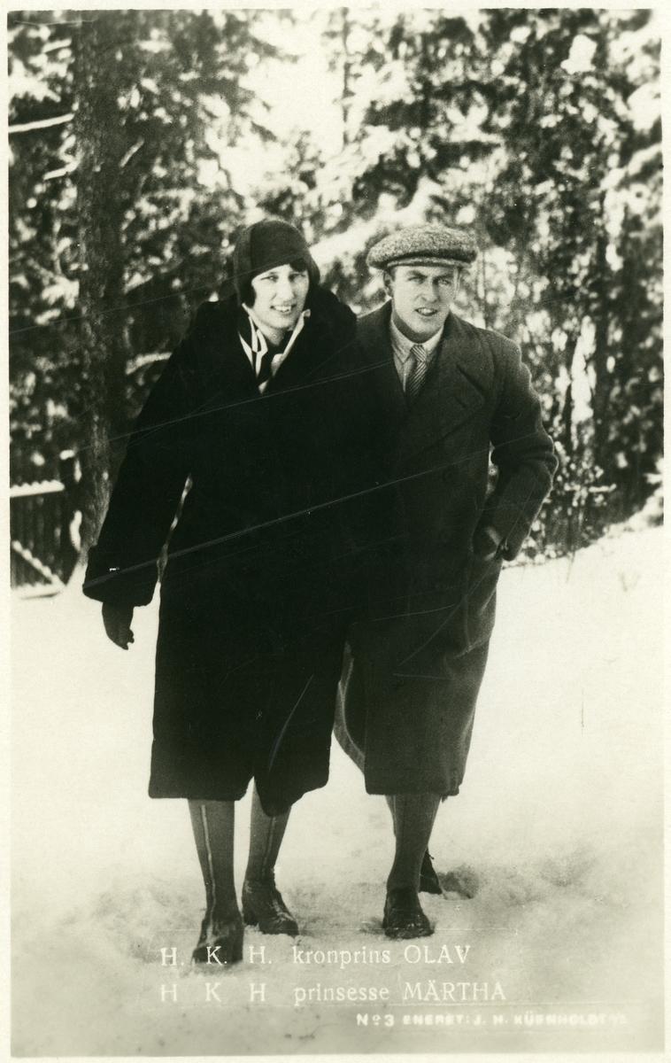 Prospektkort av Kronprinsparet Olav og Märtha.