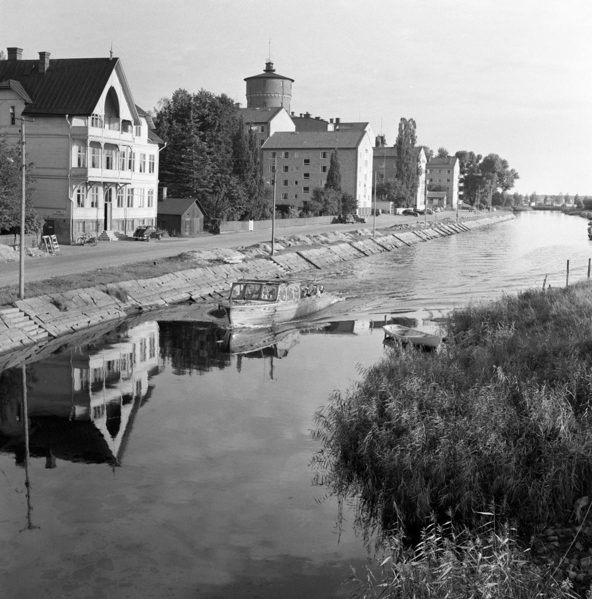 Solabåten i pråmkanalen i augusti 1956.