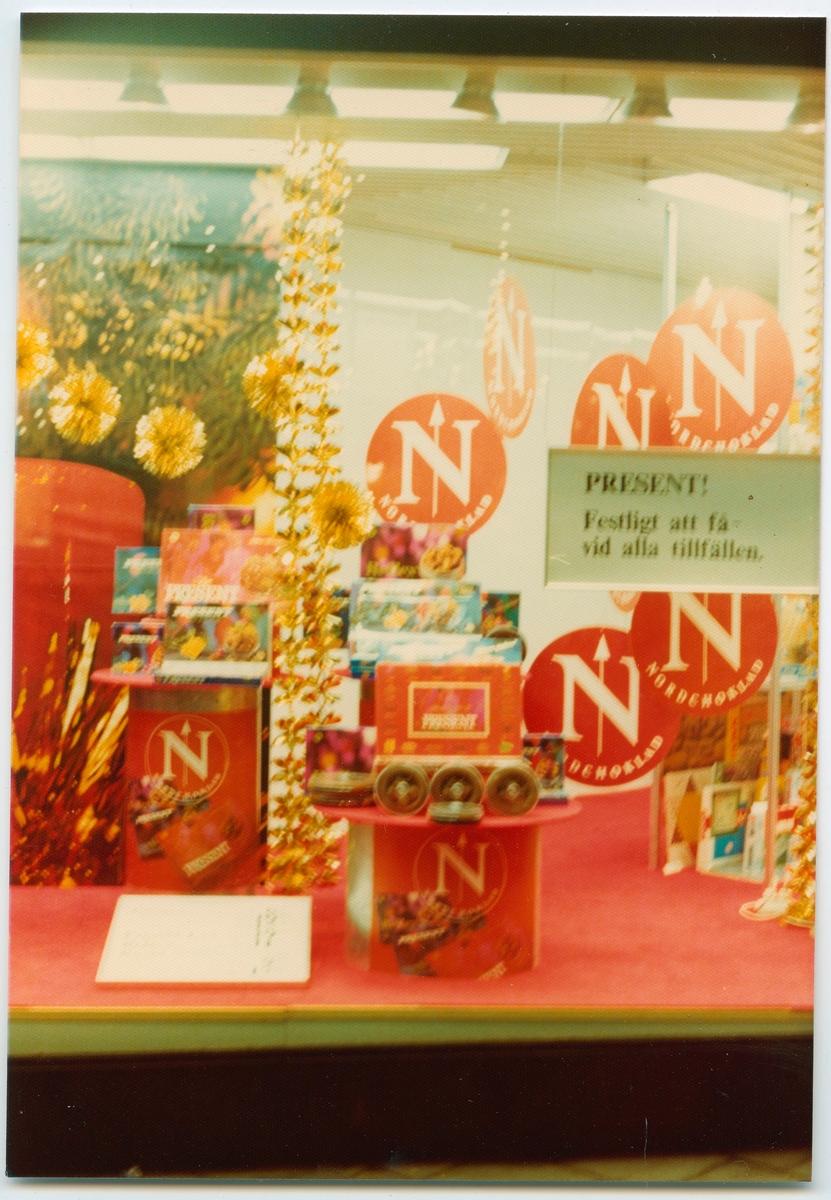 Reklam för Nordchoklad på varuhuset Domus.