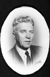 Banksjef E. Bjørnerud, portrett.