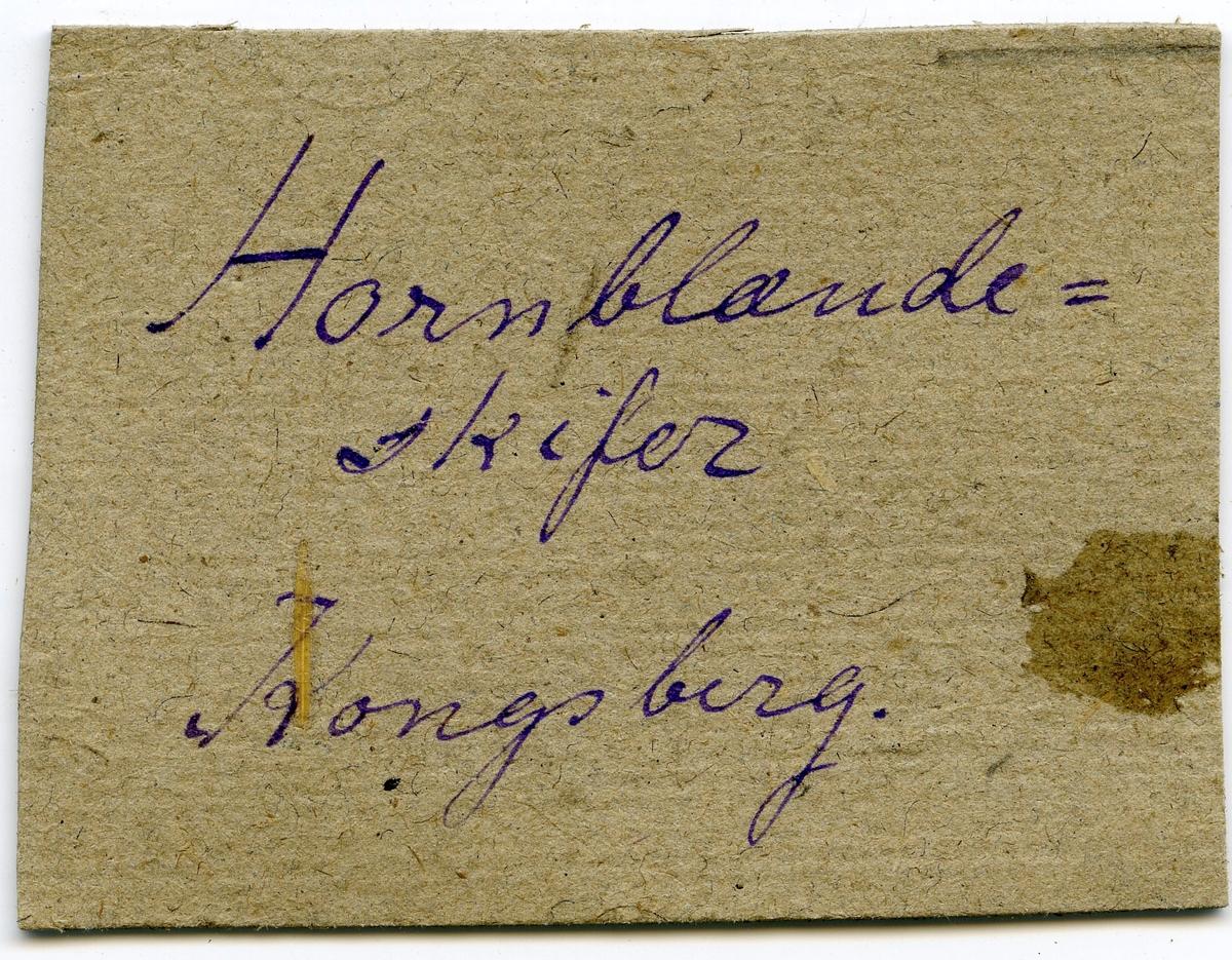 Etikett i eske: Hornblendeskifer Kongsberg.