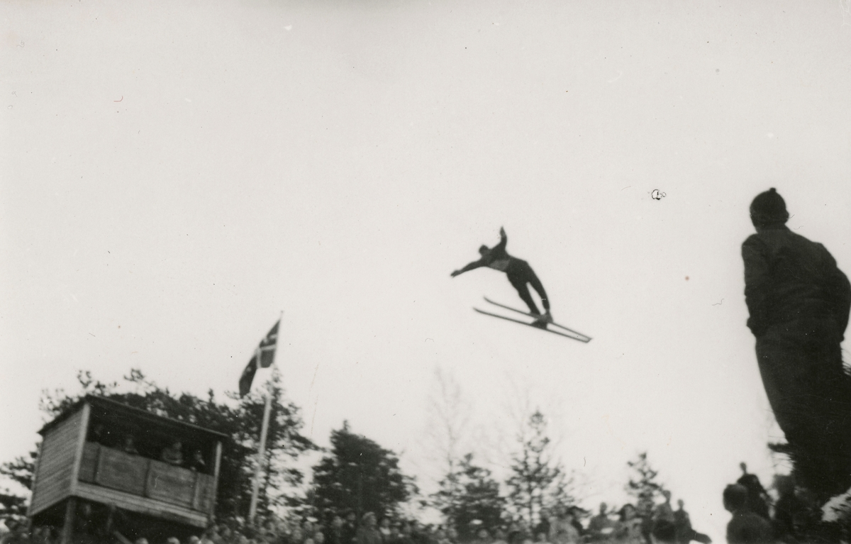 Athlete Birger Ruud during skiing competition