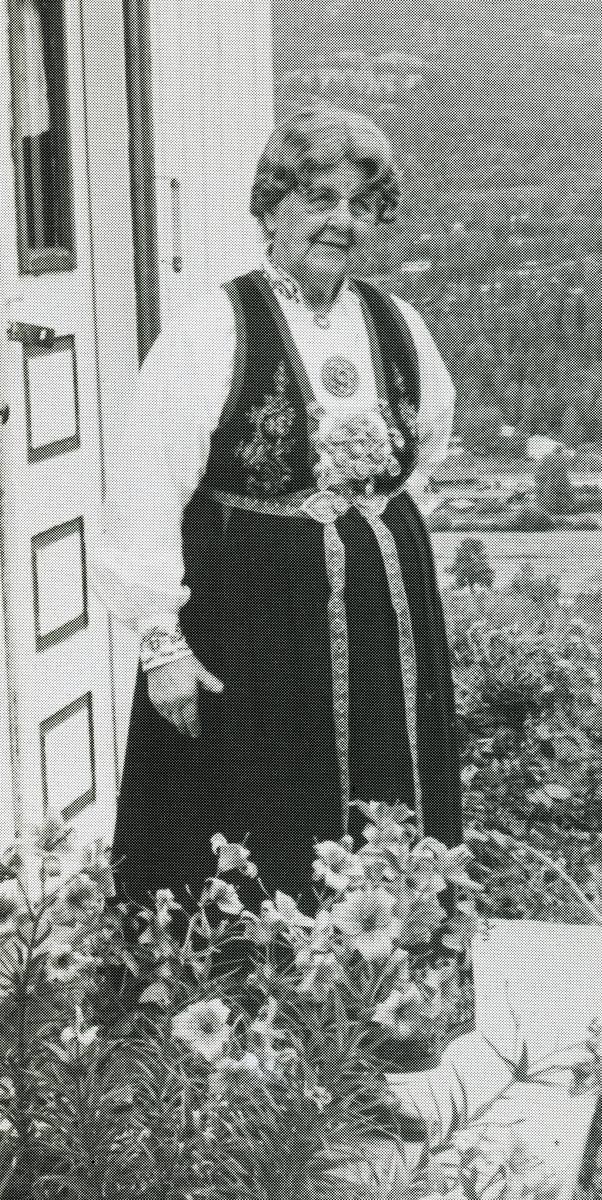 Borghild Glosimot på trammen