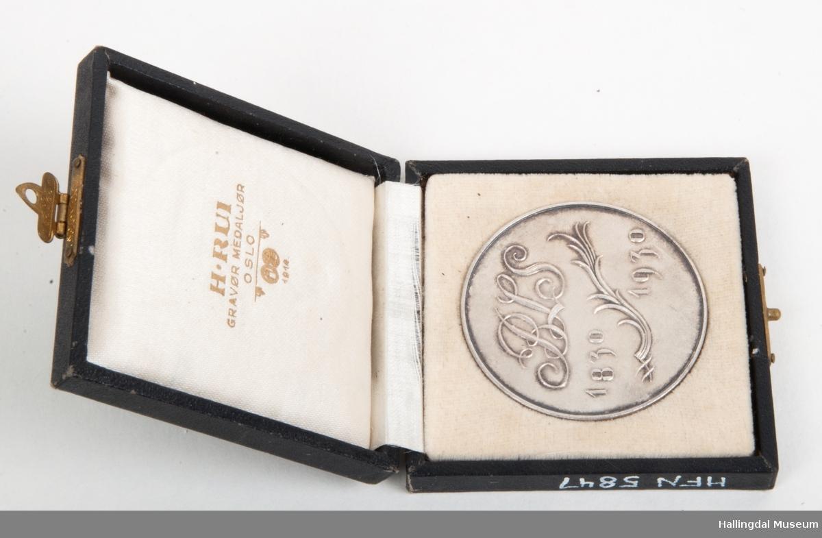 Medalje fra jubuleumsutstilling i Drammen 1930