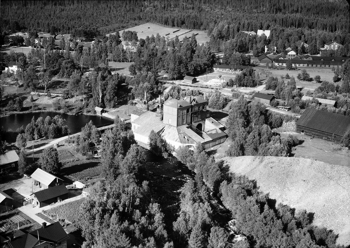 Jädraås, Gästrikland. En gruv- och järnbruks ort. Skogen har blivit en resurs för samhället