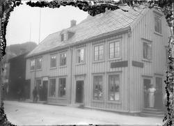 sjøgata 15.gammelt forretningsbygg.