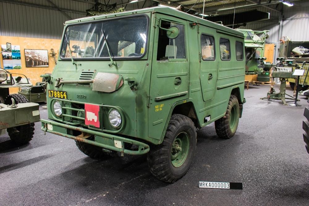 Ursprungsbeteckning: Volvo 3314 HT/1963  Data: Motor: VOLVO B 18 B Motoreffekt: 65 hk vid 4 500 varv/min Bränsle: Bensin. Tankvolym: 50 liter Bränsleförbrukning: 2,5 liter/mil Växellåda: Fyrväxlad VOLVO M 40 Maxlast: 540 kg Totalvik: 2 450 kg Vinch: Fram/Bakåt 50 m stållina Dragkraft: 2 000 kg med enkel lina Maxhastighet 4.an högväxel: 96 km/tim