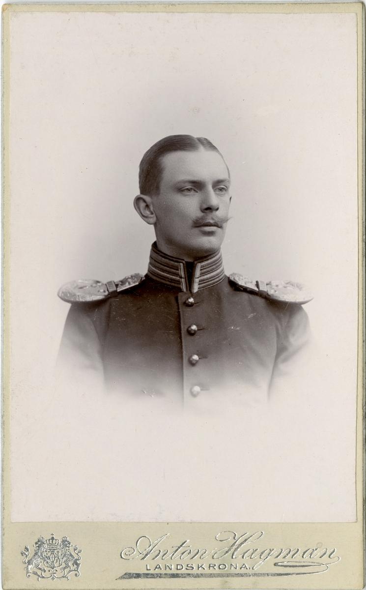 Porträtt av Eric Virgin, löjtnant vid  Karlskrona grenadjärregemente I 7.