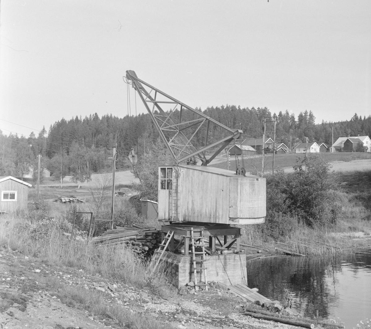 Tømmerkranen på Skulerud stasjon på den nedlagte Aurskog-Hølandsbanen.