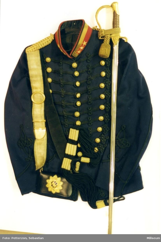 Uniformspersedlar för överste vid A 6, ca 1900.
