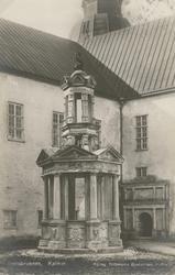 """""""Slottsbrunnen, Kalmar"""", """"Förlag: Dillbergska Bokhandeln, Ka"""