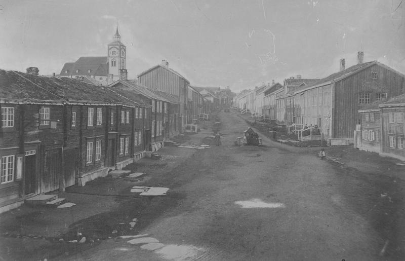 Bergmannsgata på Røros ca. 1865