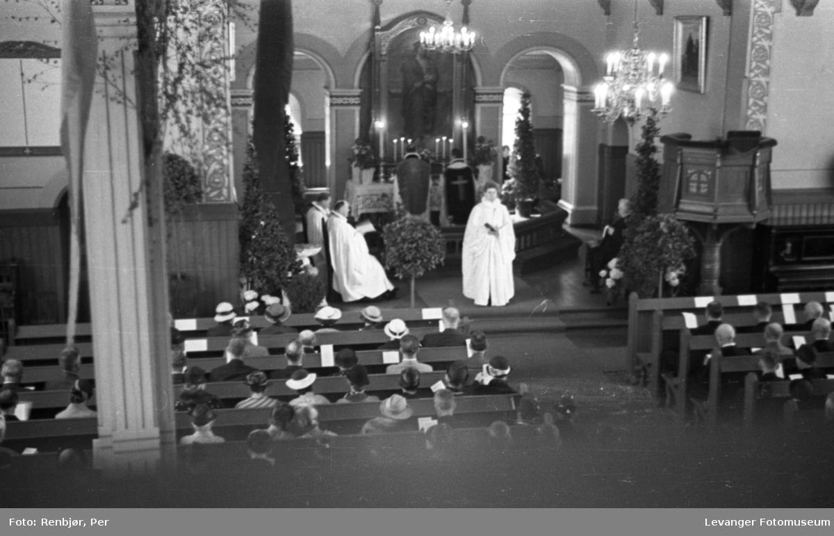 Minnegudstjeneste under Levangerdagene i 1936.
