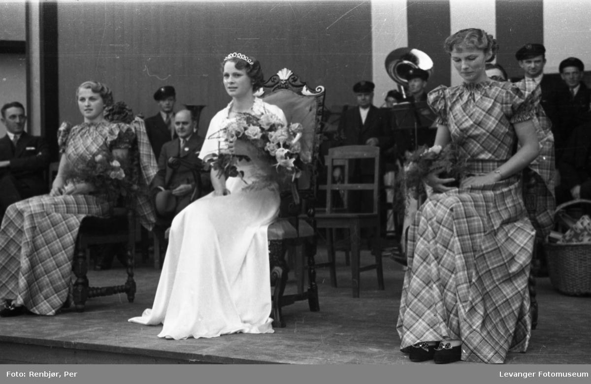 Kåring av Nord-Trøndelags prinsessen under byjubileet i 1936.