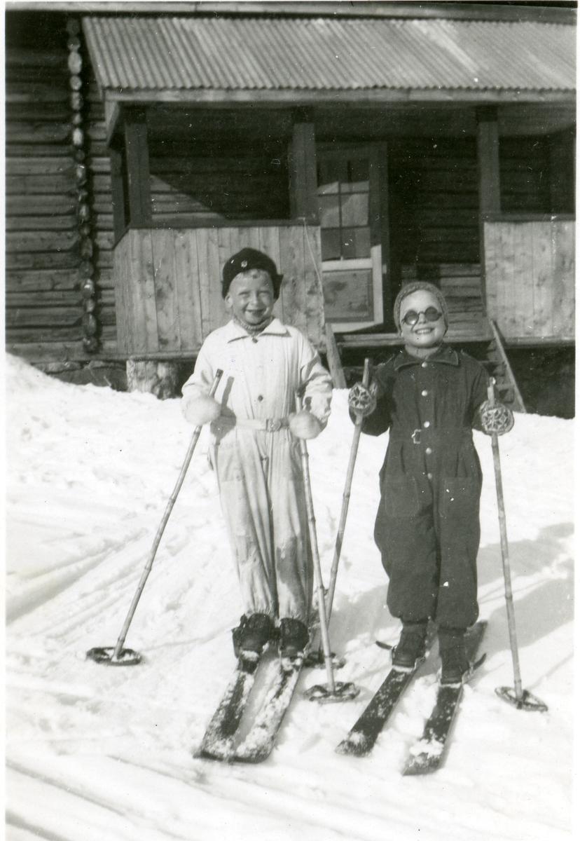 Gunnar og Einar Skattebo.