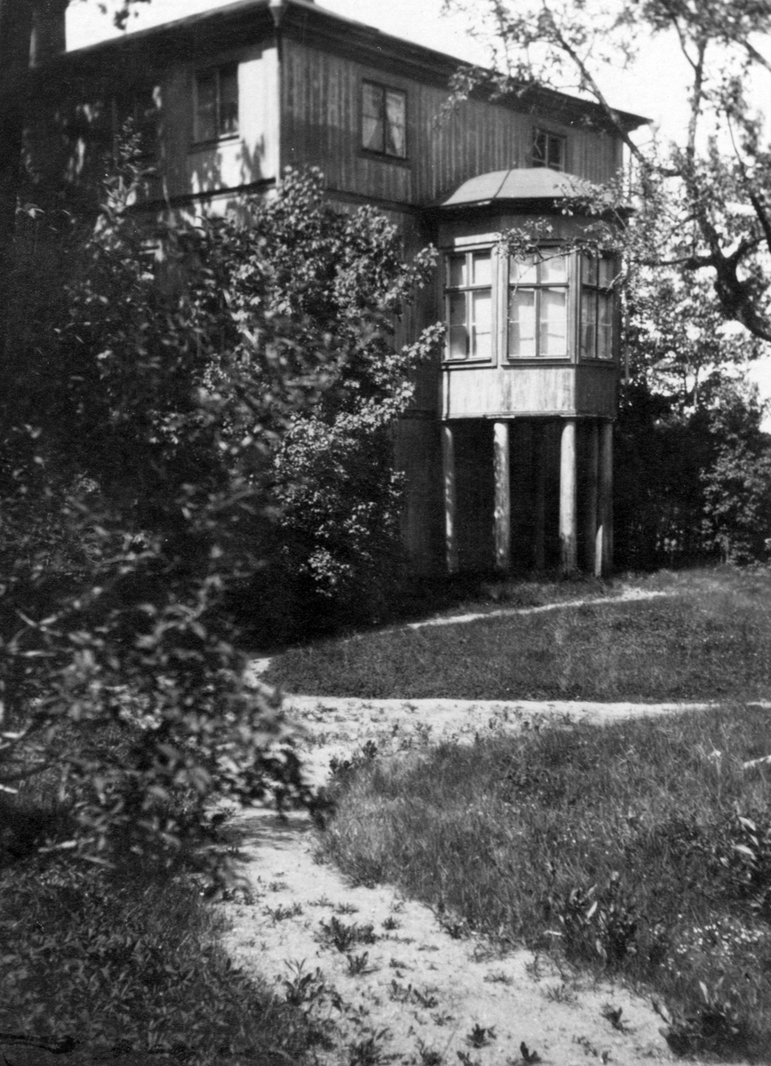 Brynäs Herrgård (revs 1964). .