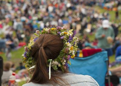 Blomsterkranser hører midtsommer til!
