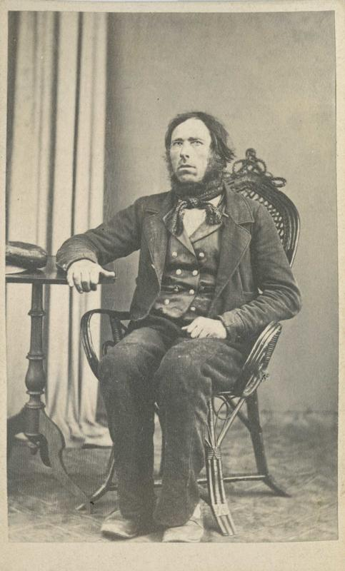 Narve Olsen Bjørndalen, arrestert i 1866 eller 1867, innsatt i distriktsfengslet i Hokksund for «ikke at have ladet sine Børn gaae i skolen»