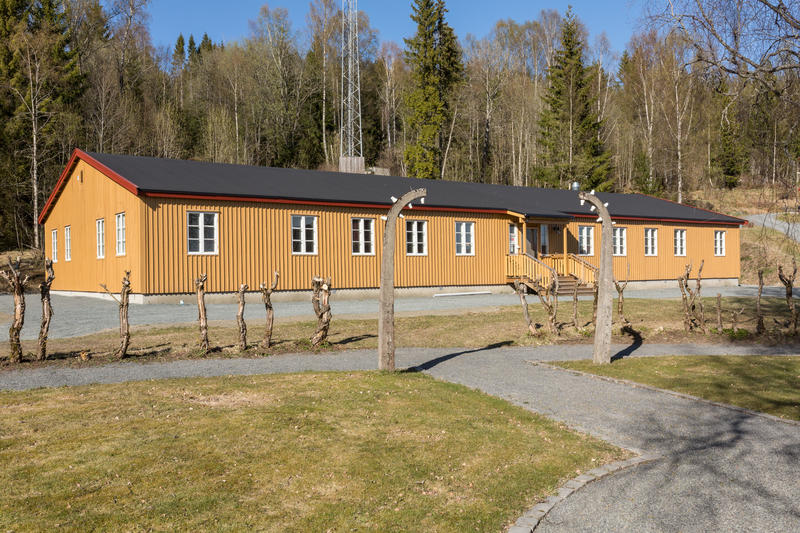This barracks was moved from the prison camp after the war. It was restored here in 2015, and is now part of the Grini Museum. Photo: Øivind Möller Bakken, MiA (Foto/Photo)