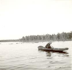 264.P.af. Foto:J.Granlund 1936 Aborrnätet lägges ut.