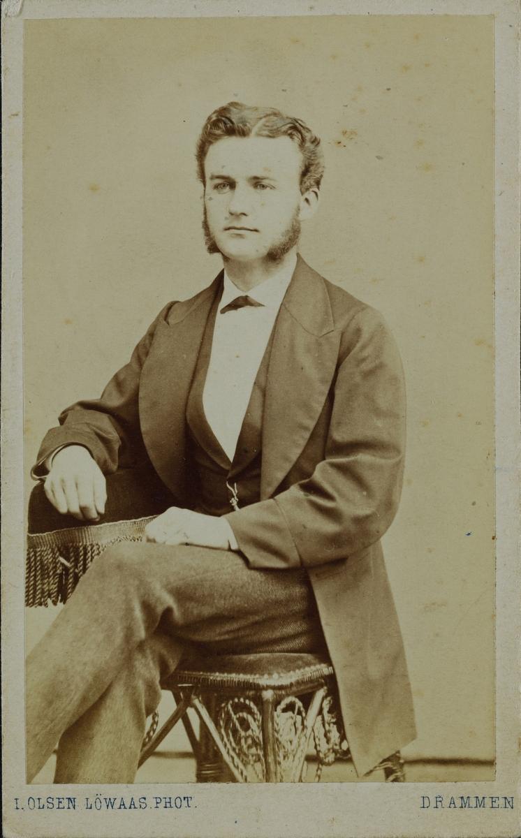 Portrett av Schonberg.