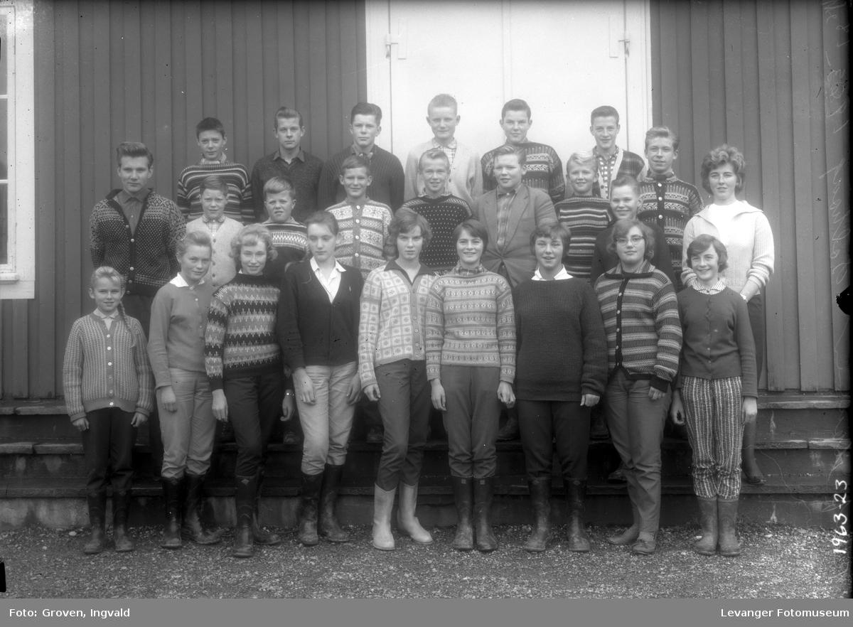 Skolebilde fra folkeskolen, Solhaug skole i Åsenfjord.