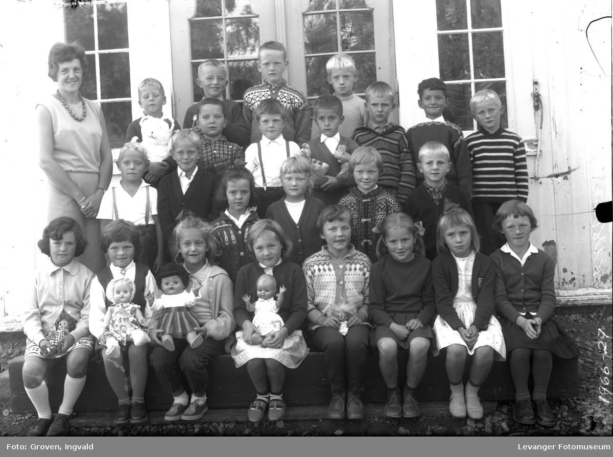 Skolebilde fra folkeskole, Nesheim skole