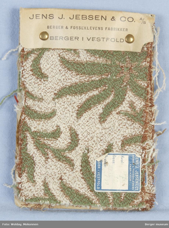 Akantus med blomst (spisse kronblader) Møbelstoff. Prøveboka har 5 prøver.