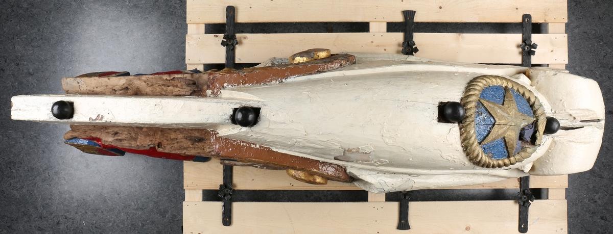 Baugforsiring fra seilskipet STATSRAAD LEHMKUHL, bg. 1914. Del av skipets forsiring.
