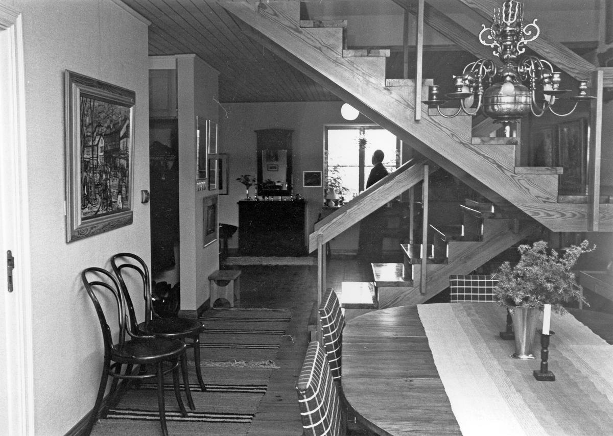 Hos Rohléns i bostaden, brandchefen Sven Rohléns hus, Övre Bergsgatan 15, Gävle.