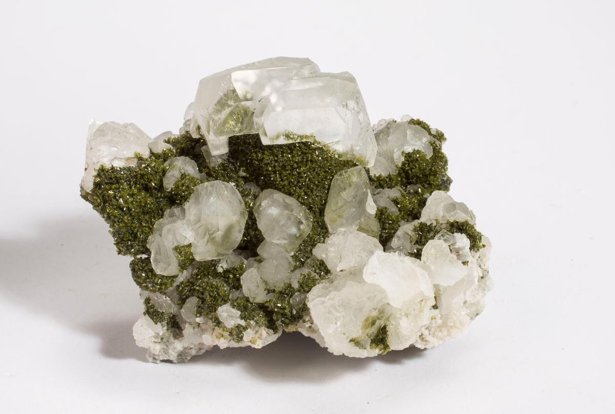 Titanitt, mikro xls, mørk grønn, klare kalsitt xls.