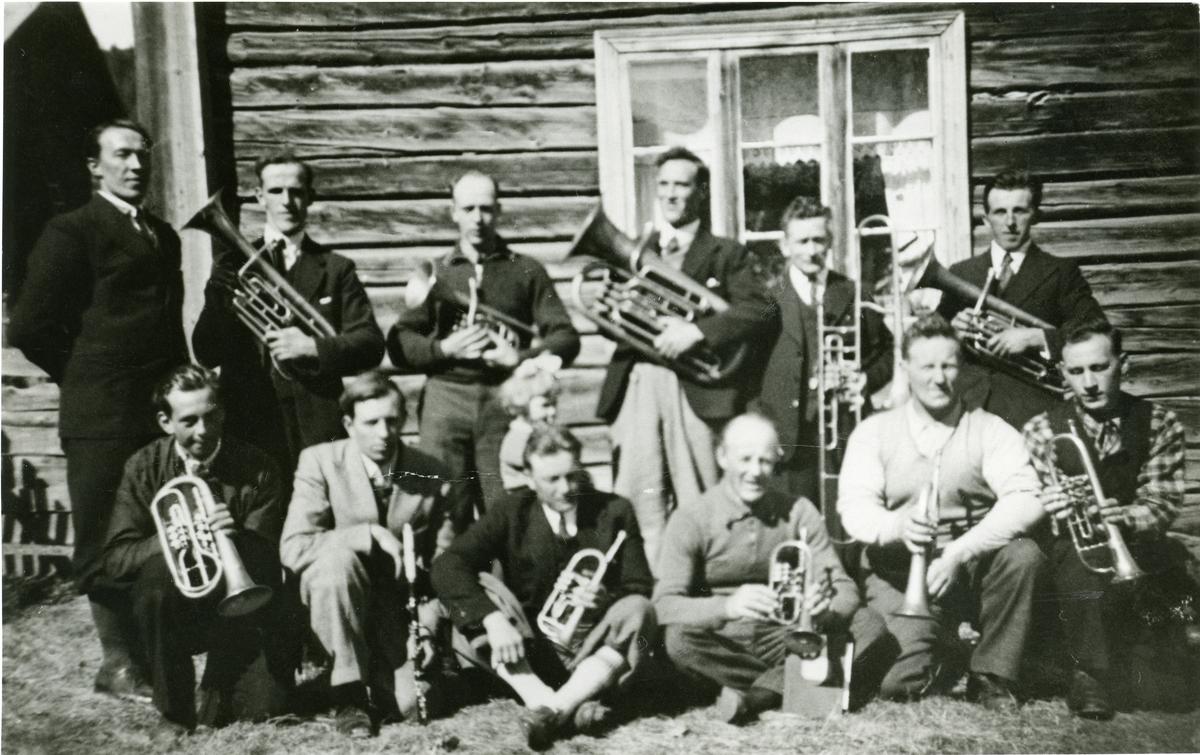 Måltrosten musikklag, Sør-Aurdal. Stifta i 1915.