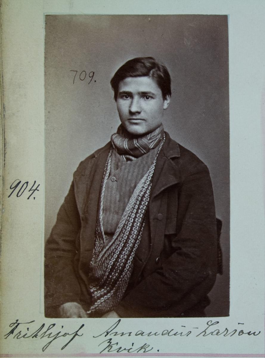 Fangeportrett, Frithjof Amandus Larson Kvik