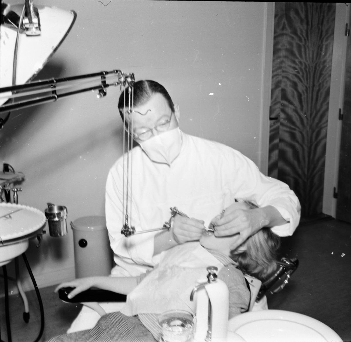 Skollär Ruth, (div bilder,tandläk,frälsningsarmén m.m)