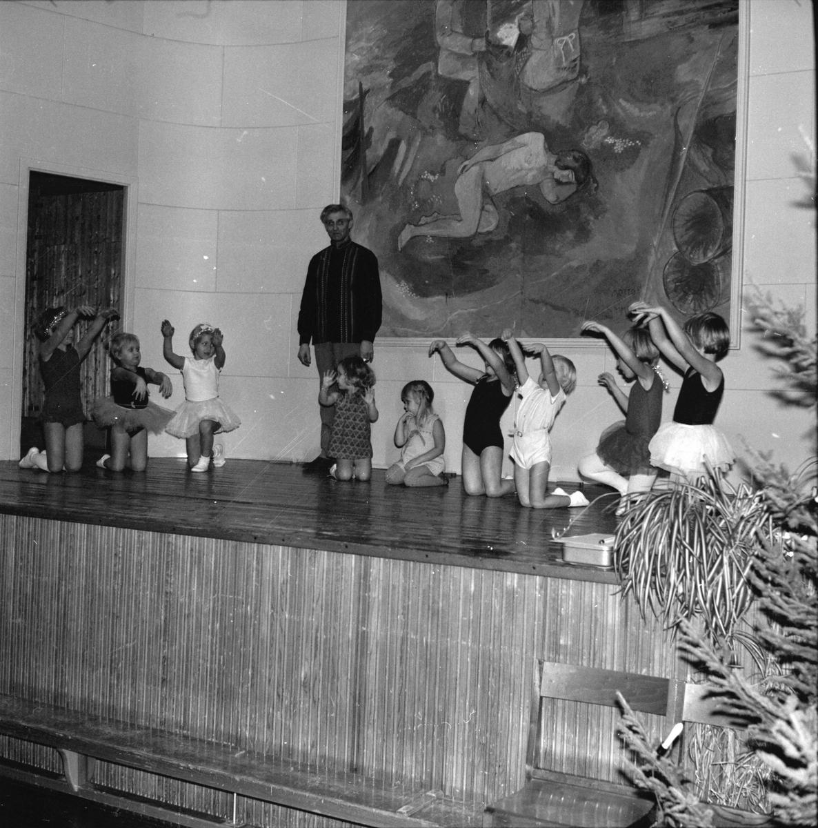 Arbrå, RK-fest på Nytorp, December1968