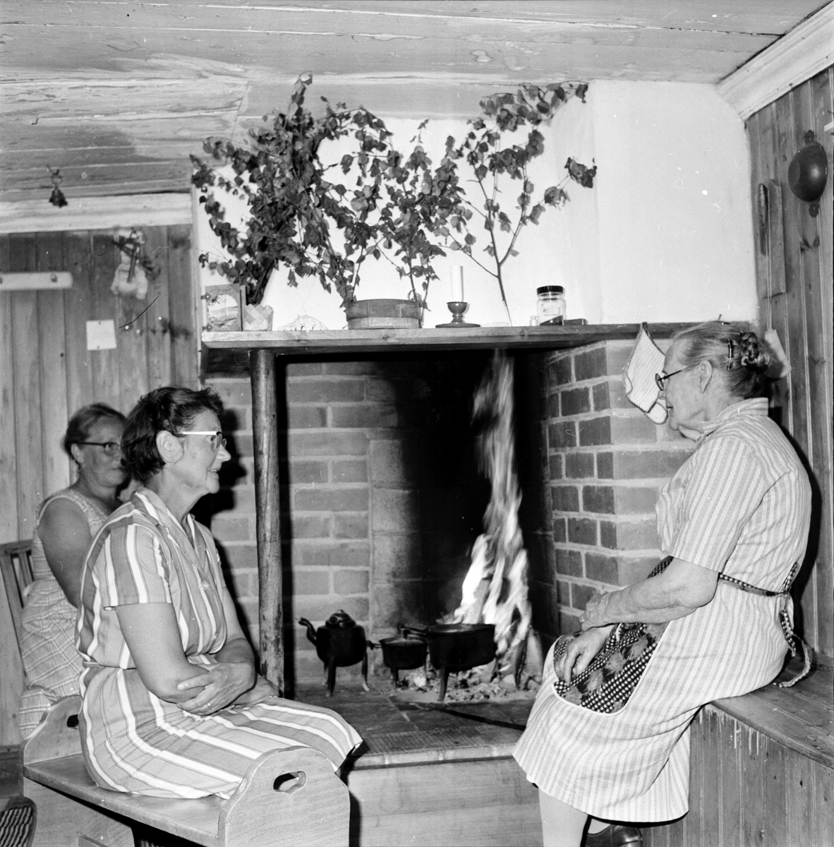 Möckelåsen, Arbrå, Hos 92-åriga Bopigan Margareta Kallin, 2 Aug 1966
