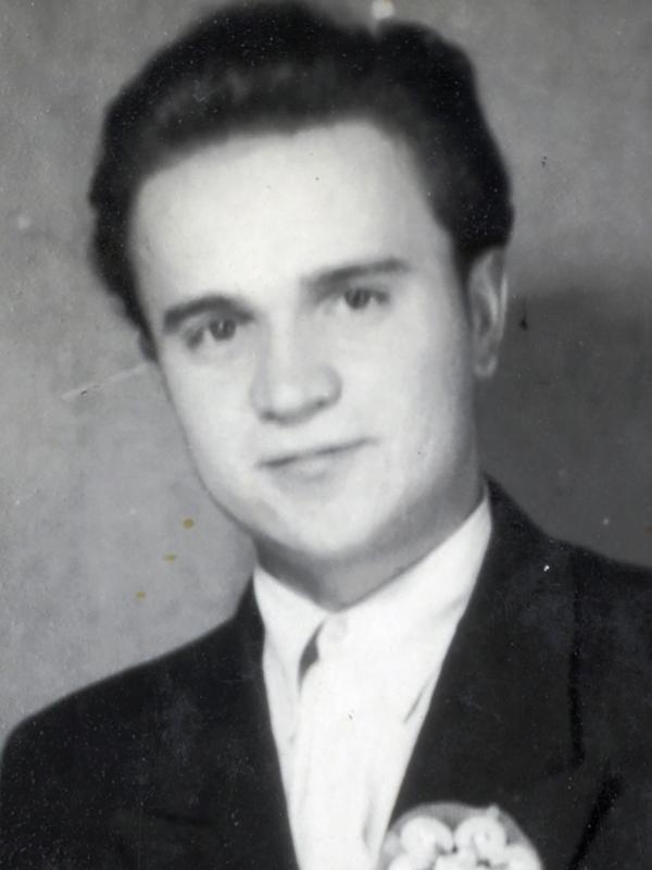 Istvan som brudesvenn i en venns byllup i 1956. (Foto/Photo)