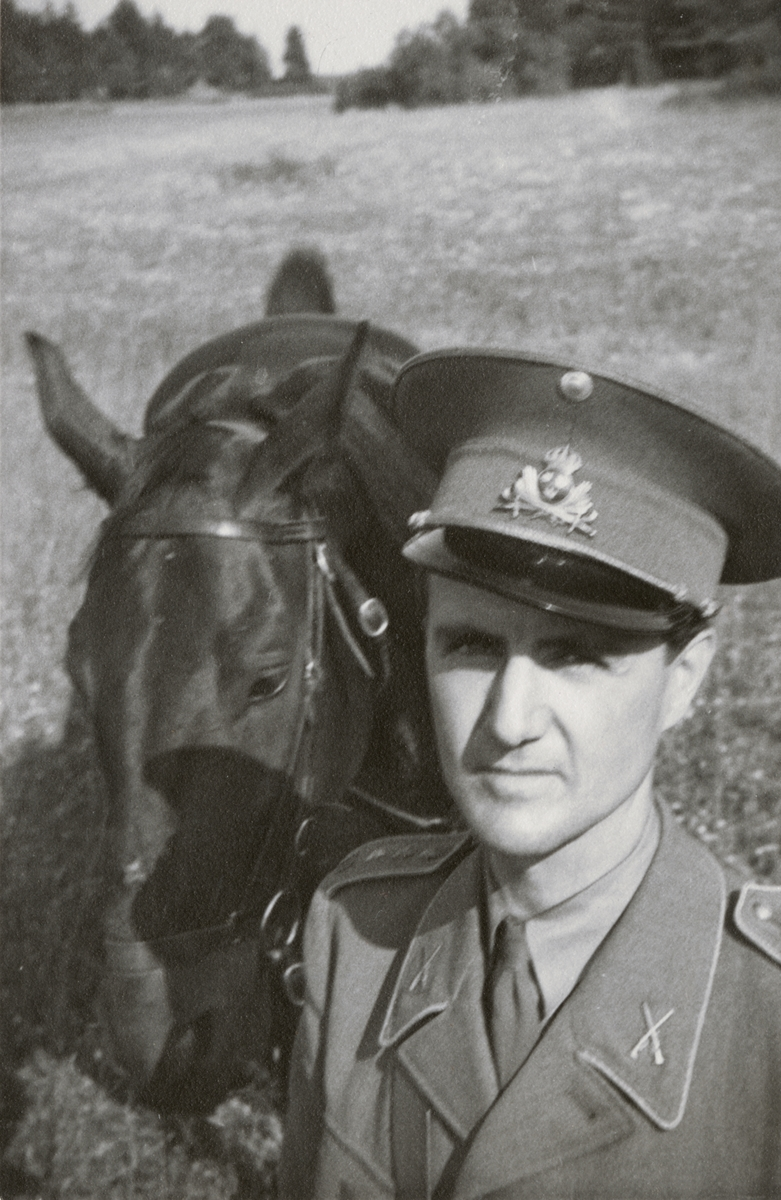 Porträtt av en officerare.