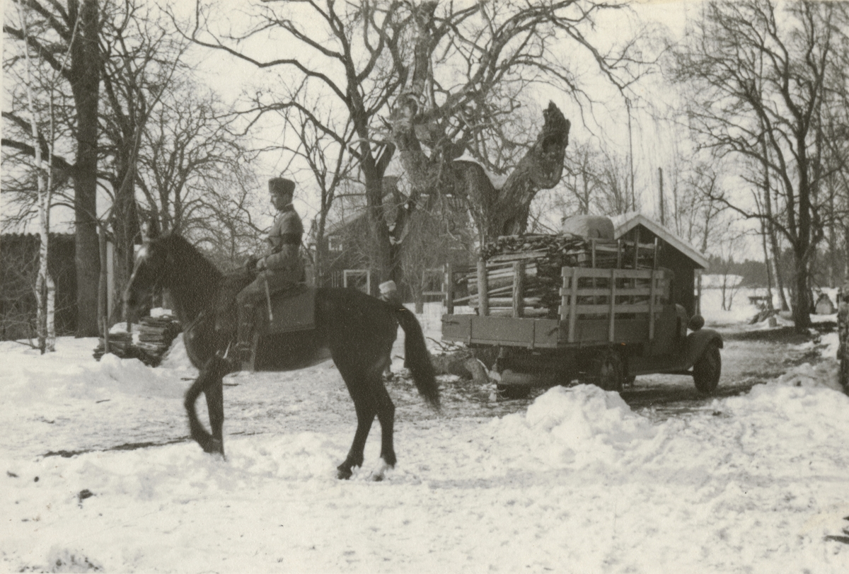 Officerare från Södermanlands regemente I 10 till häst.