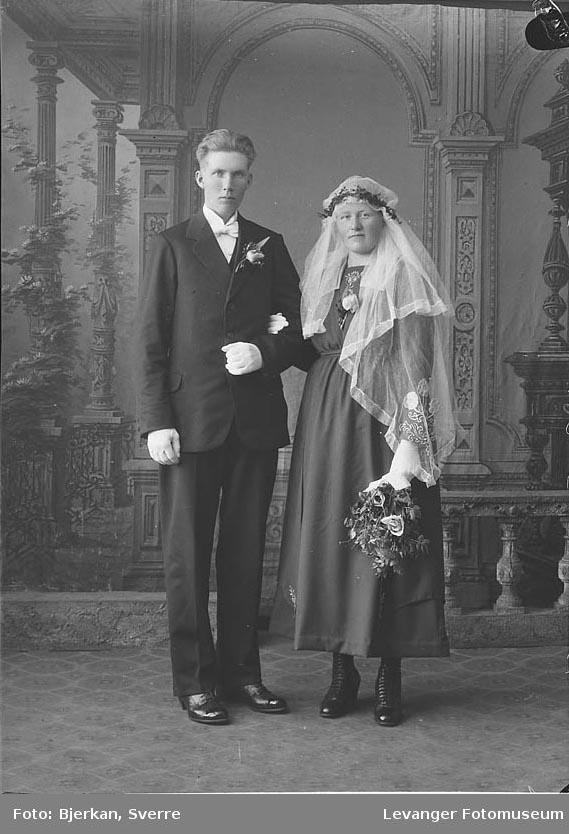 Portrett av et brudepar, Paul Stavrum hennes navn er ukjent.