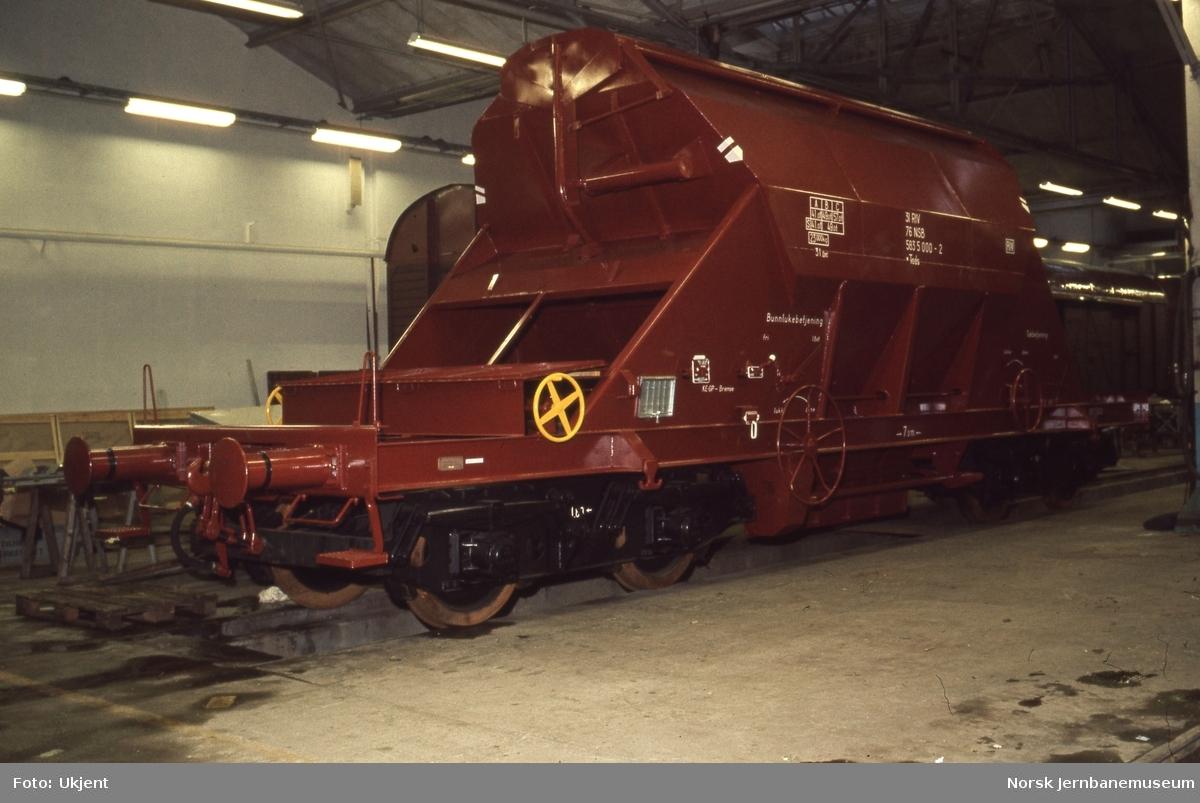 Nybygget bunntømmingsvogn litra Tads nr. 583 5000, bygget for transporter for Killingdal gruver