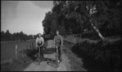Cykkeltur Tau-Voster-Kjøllevik-Voster-Tau. Arne Rasmussen, K