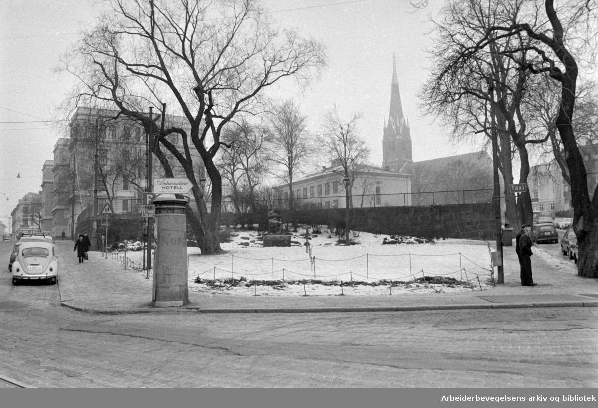 Uranienborg Kirke. Februar 1975