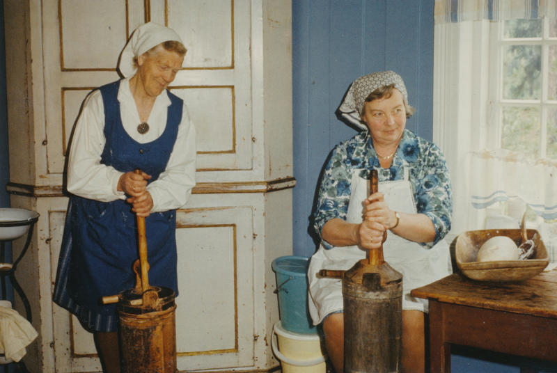 Kinne smør, Liv i stuene, 1970-tallet. Foto/Photo
