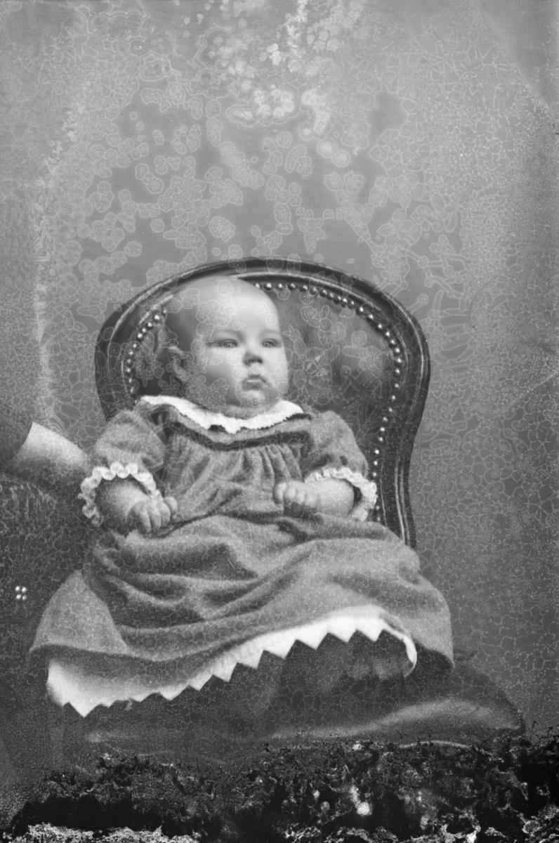 Portrett av Sverre Lie, sønn av Hans H. Lie.