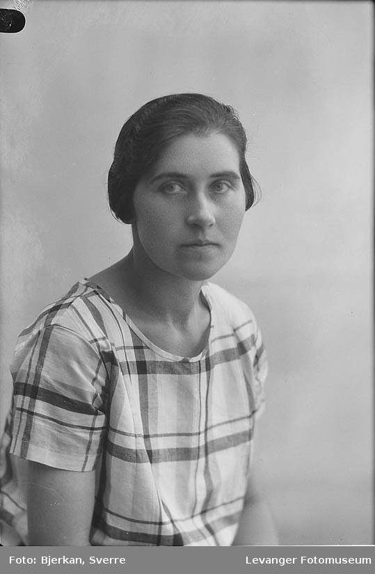 Portrett av Anna Lorås