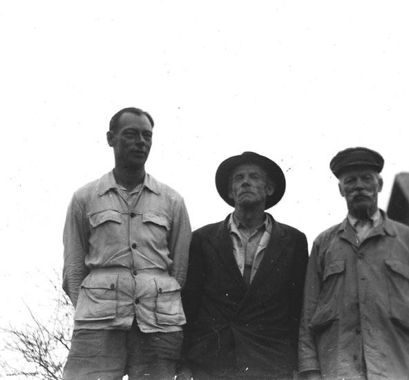 Fr v: Anton Andersson, Blindhanstorp, August Eriksson, Blindhanstorp, Johannes Johansson, Nittaho.