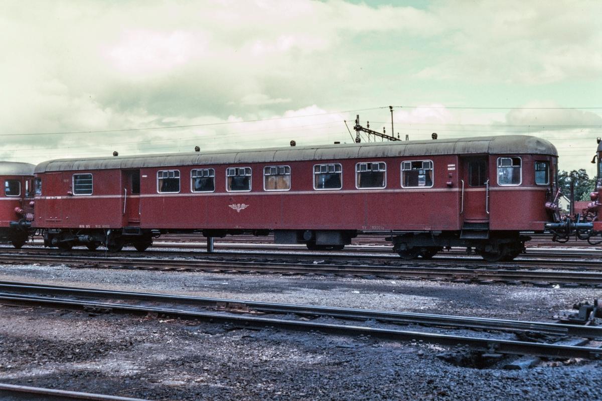 Styrevogn til dieselmotorvogn type 86, BFS 8696, på Marienborg i Trondheim.